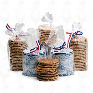 Tio handgjorda goudakex i en gammal holländsk kakburk!